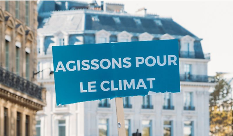 Protests against climate change in Paris. Editorial credit: Alexandre Rotenberg / Shutterstock.com.