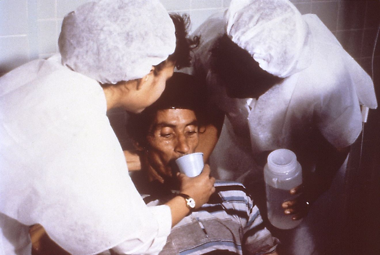 Cholera patient being treated by oral rehydration therapy in 1992. Image credit: Centers for Disease Control and Prevention/Public domain