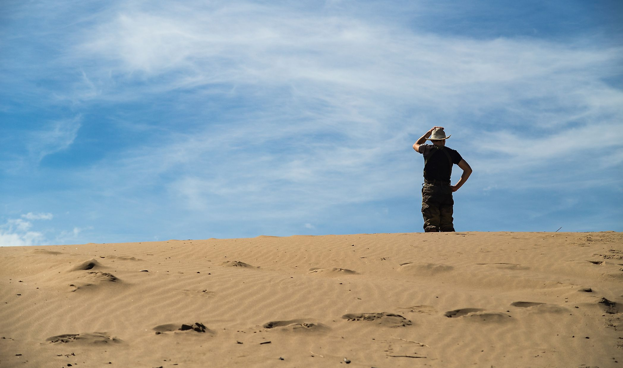 10 Ways To Survive Being Lost In A Desert