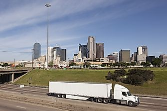 The Largest Trucking Companies in the US