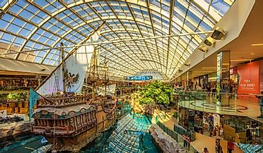 Which Canadian City Has North America's Largest Mall?