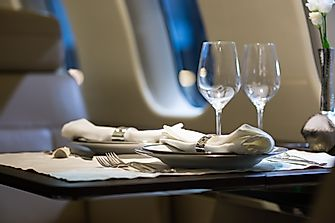 The 10 Most Luxurious First Class Flying Experiences
