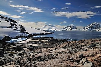 The 10 Largest Antarctic Islands