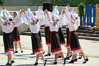 What Is The Ethnic Composition Of Moldova?