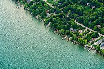 Which States Border Lake Ontario?