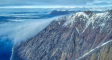The Highest Mountains in the Arctic Cordillera