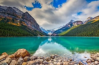 Lake Louise - Unique Places Around the World