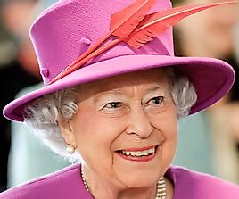 10 Rules That Queen Elizabeth Must Follow As The Monarch