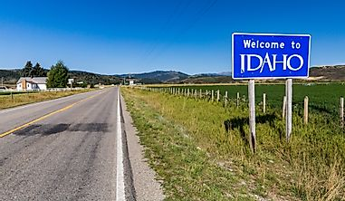 Which States Border Idaho?