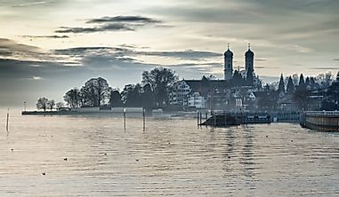 Which Countries Share Lake Constance?