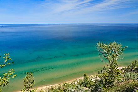 Of the Great Lakes, Lake Michigan is the only one that is entirely in the US; the other four are cross-border lakes.