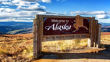 Alaska welcome sign.