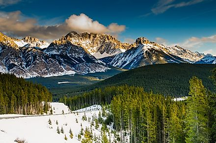 Scenic winter views of the Rocky Mountains, Peter Lougheed Provincial Park, Alberta, Canada. Image credit: BGSmith/Shutterstock.com