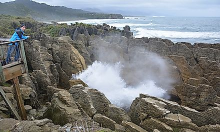 Punakaiki Blow holes and pancake rocks.