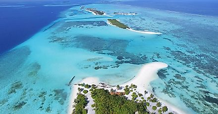 The Maldives constitutes 26 atolls in the Indian Ocean with area is approximately 116 square miles.