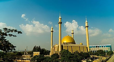 Abuja National Mosque in the Nigerian capital city is one of the most important Islamic worship centers in the country.