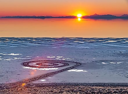 Spiral Jetty is a giant earthwork sculpture by Robert Smithson in the Great Salt Lake of northern Utah, United States.