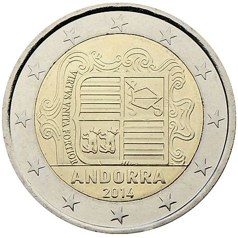 The €2 coin shows the coat of arms of Andorra with the motto