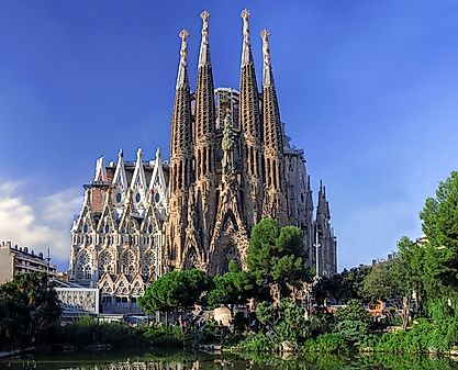 geography population and religion of spain Religious beliefs and organizations: spain is a christian country where some 77 per cent of the population claims to belong to the catholic church and less than 1 per cent protestant.