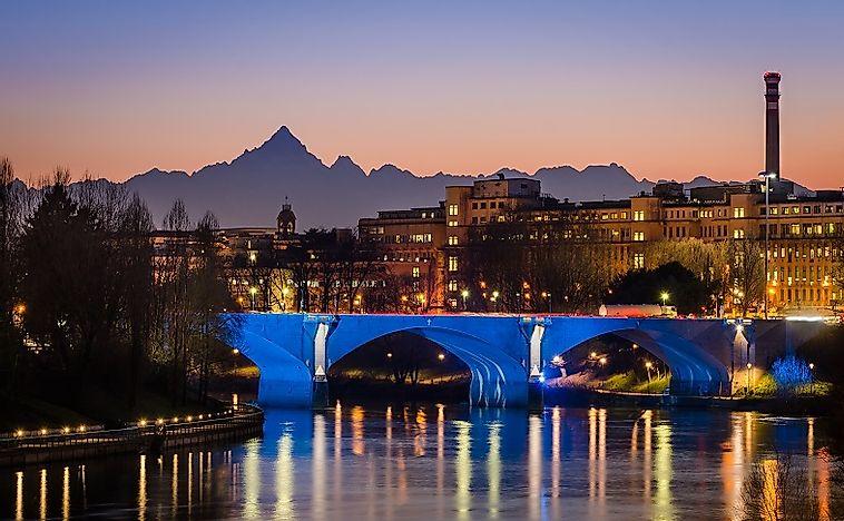 Longest Rivers In Italy WorldAtlascom - Longest river in the united states