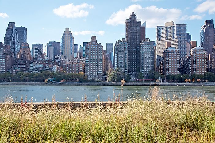 New York as seen from Roosevelt Island.