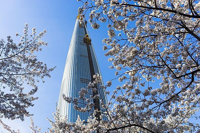 # 5 Lotte World Tower, Νότια Κορέα - 1819 πόδια