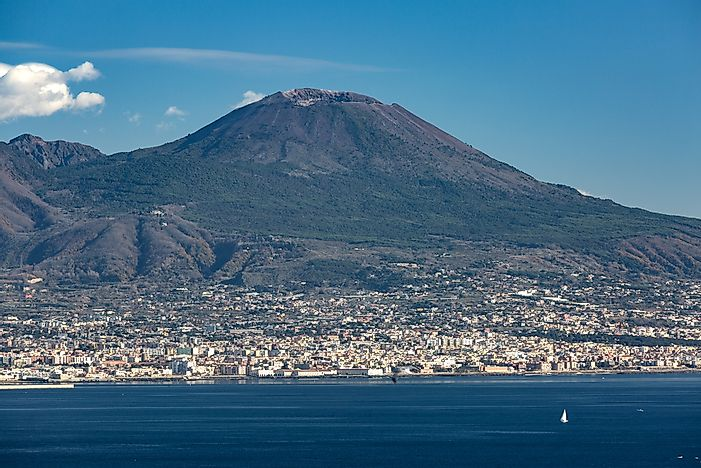 #9 Mount Vesuvius - One of the World's Most Active Volcanoes