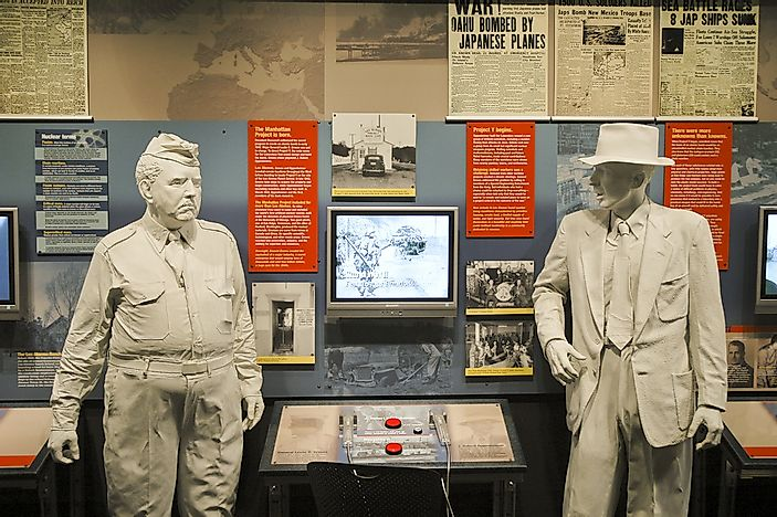 Statues of General Leslie R. Groves and J. Robert Oppenheimer from a Manhattan Project museum exhibit.  Editorial credit: Jeffrey M. Frank / Shutterstock.com