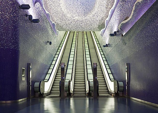 10 самых интересных станций метро в мире.