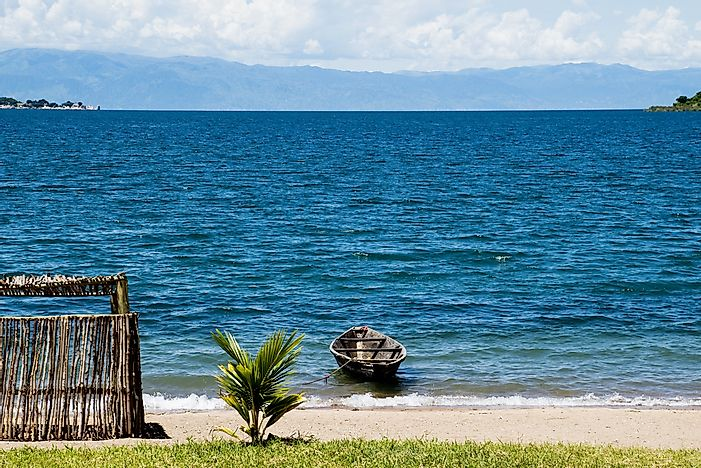 #6 Lake Tanganyika - 32,893 Square Kilometers