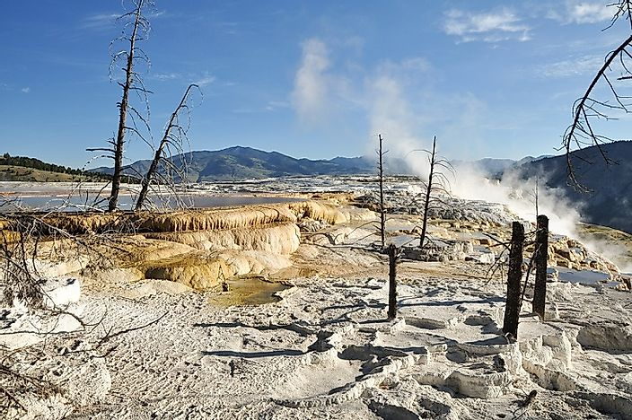 Mammoth Hot Springs, Wyoming - Unique Places Around the World