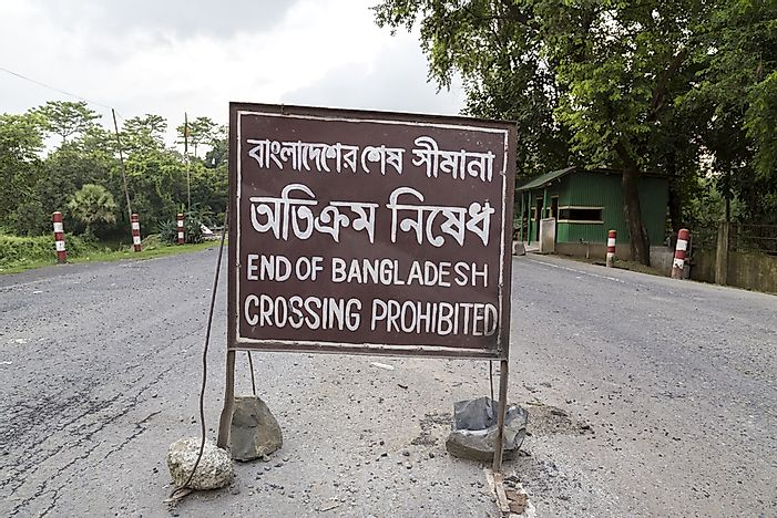 Which Countries Border Bangladesh?