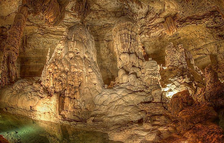Natural Bridge Caverns Unique Places Around The World
