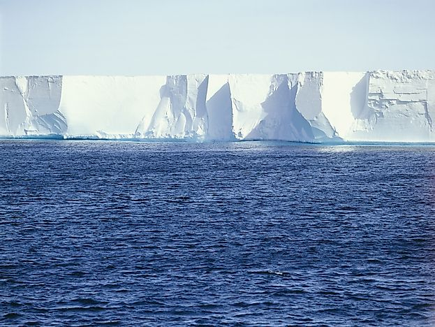 What Are The Differences Between An Ice Shelf And Shelf Ice?