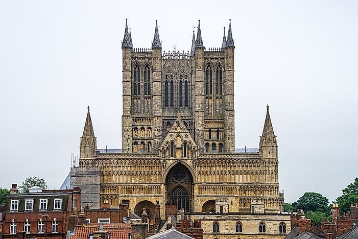 10 Amazing Gothic Style Churches - WorldAtlas.com