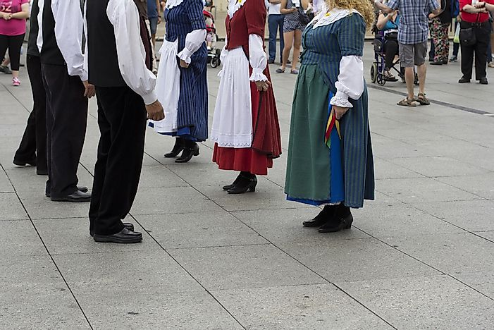 Traditional Welsh dancers.