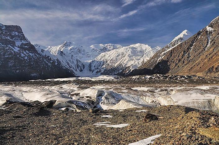 #4 Kyrgyzstan (9,805 feet)