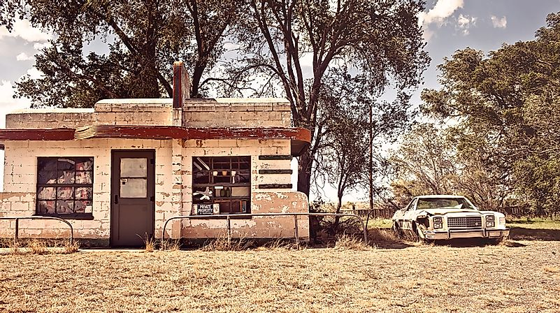 Ghost Towns of America: Glenrio, New Mexico and Texas