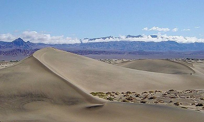 Aeolian Landforms: What Is A Barkhan Dune?