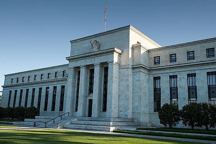 how the federal reserve manages money The federal reserve manages the nation's currency and money supply by setting interest rates and acting as a lender to banks overseeing bank collections and payments on loans.