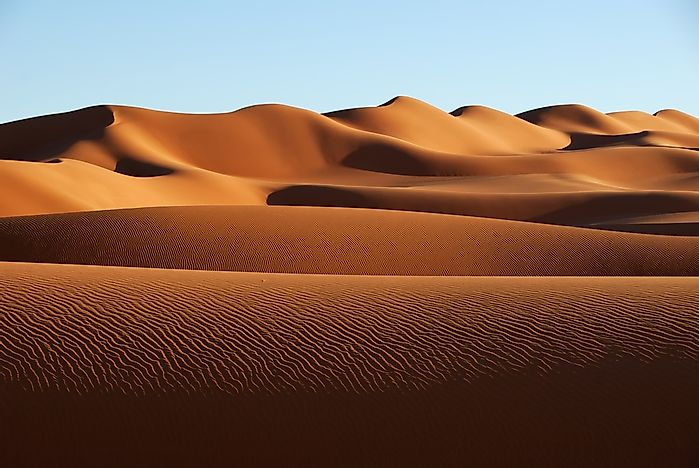 an analysis of the largest desert area sahara desert in africa President donald trump has been taken to task on twitter for reportedly suggesting that spain should build a wall across the sahara desert in africa to curb migration into europe.