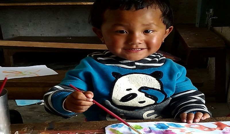 Trek to Teach Connects Teachers With Students In Rural Nepal