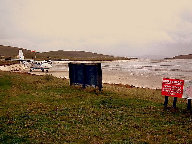 What Is Unique About The Barra Airport In Scotland?
