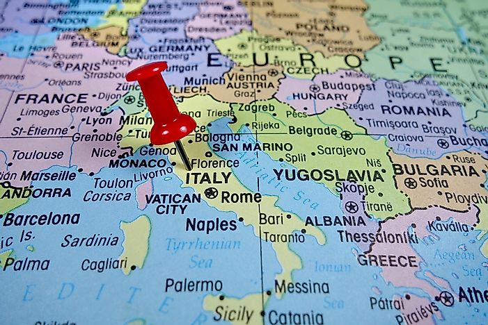 Which Countries Border Italy? - WorldAtlas.com on saudi arabia map, holy see map, nato countries map, schengen agreement, passport stamp, spain countries map, china countries map, eurozone countries map, uk countries map, sao tome and principe map, iran map, united kingdom map, papua new guinea map, south korea map, border control, india countries map, eea family permit, morocco map, central asian republics map, great britain countries map, spanish speaking countries map, usa countries map,