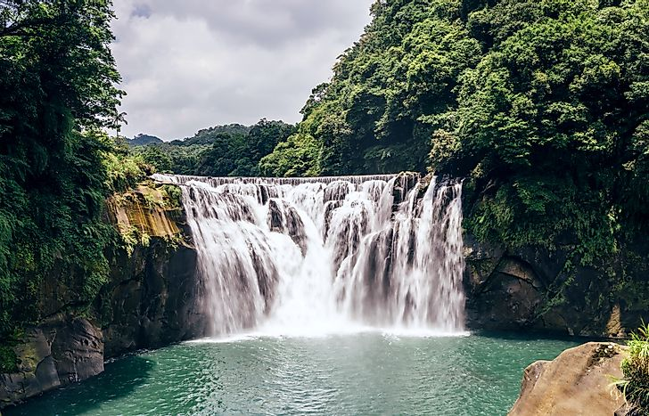 Shifen Waterfall, Taiwan: Unique Places In The World