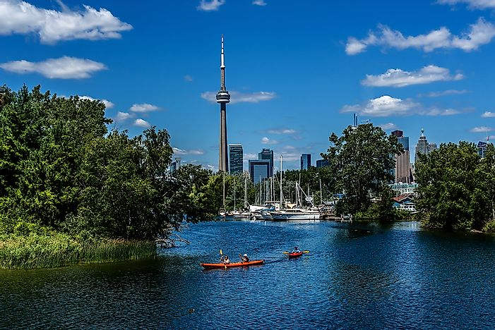 Kayaking and canoeing are popular activities at the Toronto Islands.