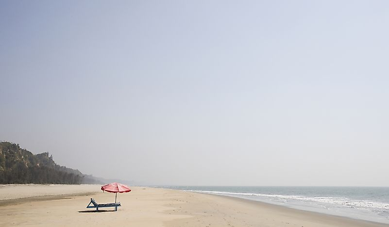 Laboni Beach – the Most Popular Beach in Bangladesh