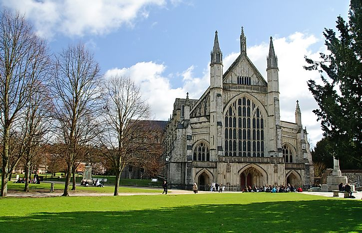 Winchester Cathedral - Notable Cathedrals