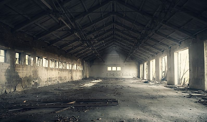 10 Famous Abandoned Buildings From Around the World