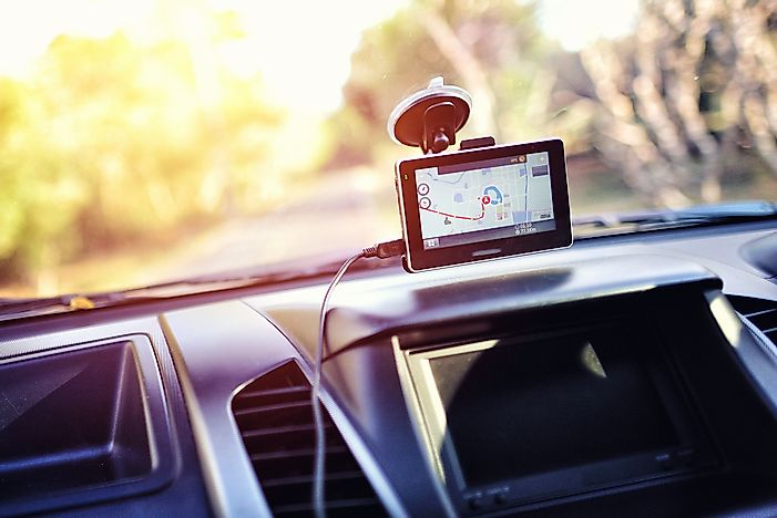 How Does a GPS Work?